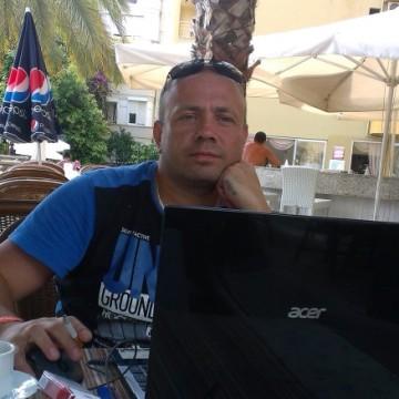 Aleksander Nikulin, 41, Koryazhma, Russia