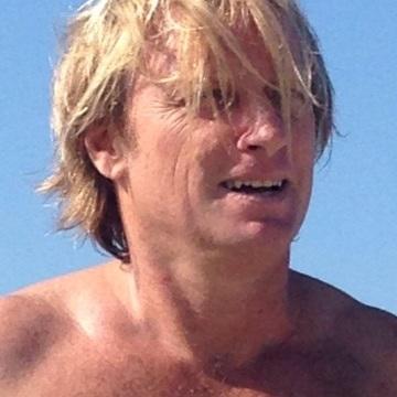 Mei Tosh, 47, Palma, Spain