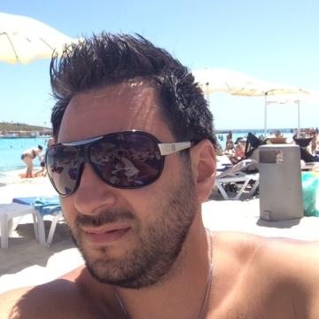Asem Flifel, 37, Abu Dhabi, United Arab Emirates