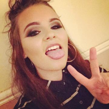 Shannon , 22, Altrincham, United Kingdom
