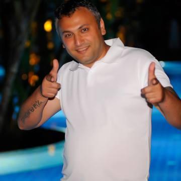 Yalçın Özen, 38, Antalya, Turkey