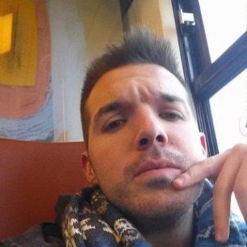 Rafael González Mejia, 28, Madrid, Spain