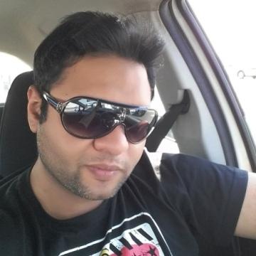 Malek, 32, Dubai, United Arab Emirates