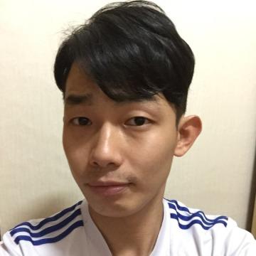 Millslee, 30, Sihung, South Korea