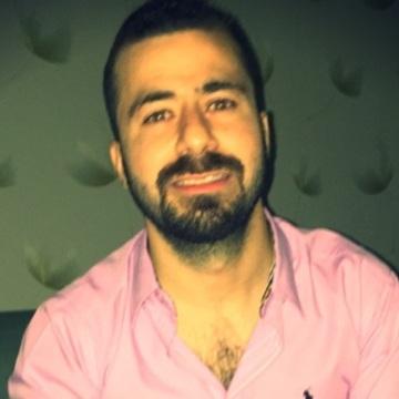 Mahmoud, 30, Abu Dhabi, United Arab Emirates