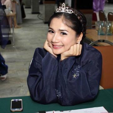I'Moo Tidtee, 24, Bangkok Noi, Thailand