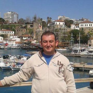 Ümit Yavuz, 35, Burdur, Turkey