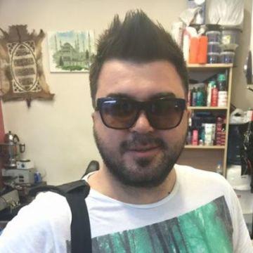 Selcuk Unluturk, 31, Istanbul, Turkey