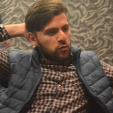 Zbiqnev Bjezinski , 29, Baku, Azerbaijan