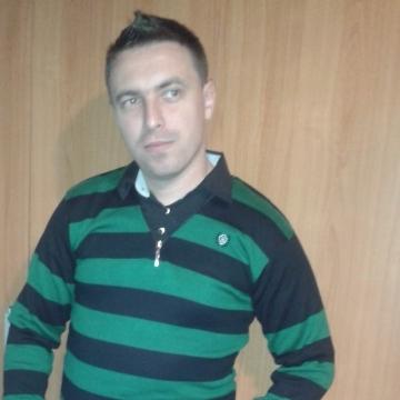 Luka Lucian, 31, Ibiza, Spain
