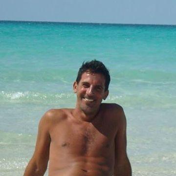 Fernando Ruiz, 40, Berisso, Argentina