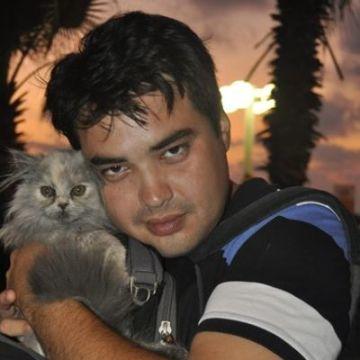 Eli Kruglyak, 34, Tel-Aviv, Israel