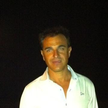 José BG, 37, Granada, Spain