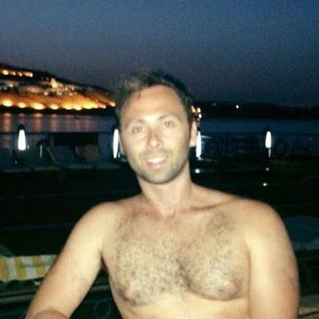 Cristián Lempert, 35, Abu Dhabi, United Arab Emirates