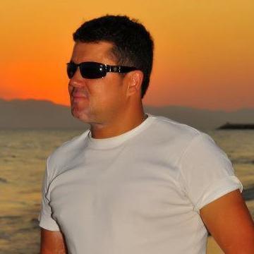 Adem Özen, 42, Antalya, Turkey