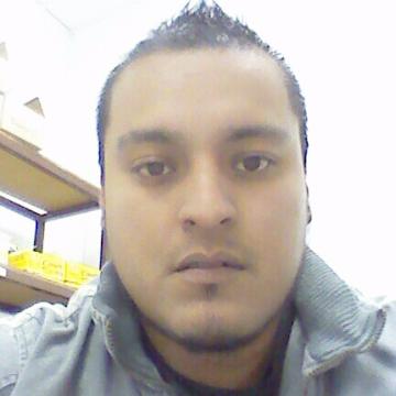 Cris Mtz, 35, San Luis Potosi, Mexico