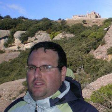 Oscar Valderas Gomez, 40, Barcelona, Spain