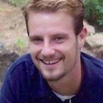 Travis, 41, Dallas, United States