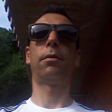 giordano, 46, Como, Italy