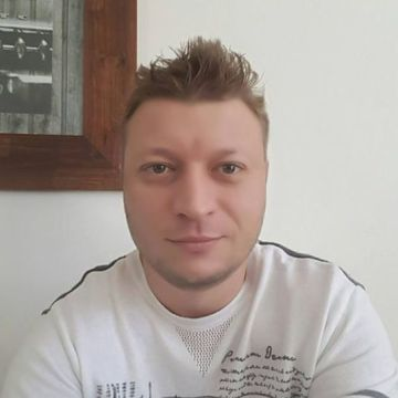Roman Reshetov Tseplik, 38, Niteroi, Brazil