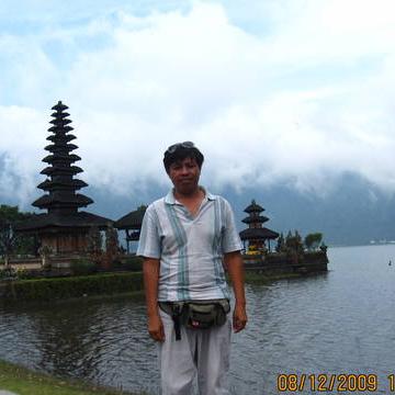 Bali Driver, 47, Jakarta, Indonesia