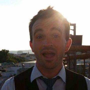 Joel Ray, 32, Vienna, Austria