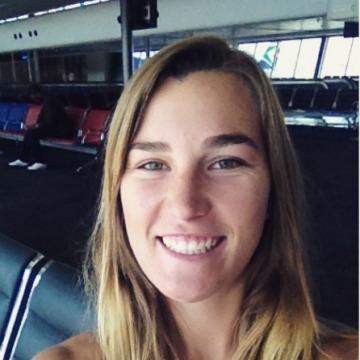 Taryn, 21, Cairns, Australia