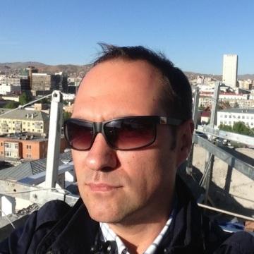 Sergey Dekov, 42, Dubai, United Arab Emirates