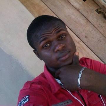 EMMY, 37, Lagos, Nigeria