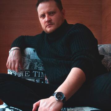 Dmitrius Yakovlev, 41, Sevastopol, Russia