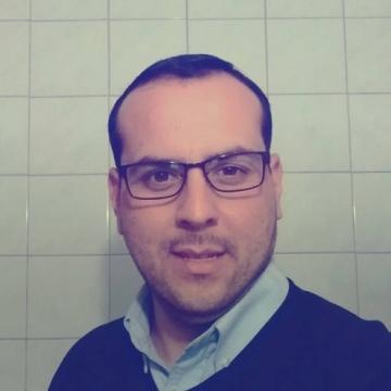 Jose Parada, 35, Santiago, Chile