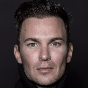 Adam Werderits, 36, Budapest, Hungary