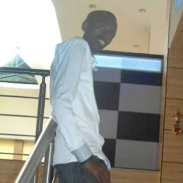 claude, 25, Kigali, Rwanda