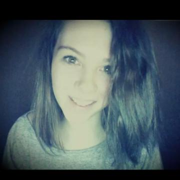 Eva, 21, Chartres, France