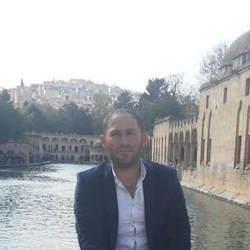 Vecdi Tumur, 31, Mardin, Turkey