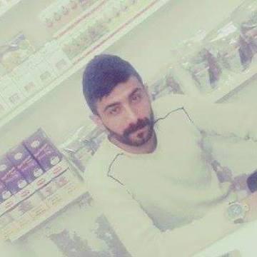 Adil Gezgin, 30, Nevsehir, Turkey