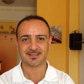 Fulgenzio Braccia, 47, Novara, Italy