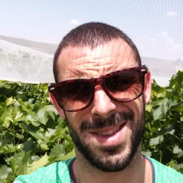 César, 27, Murcia, Spain