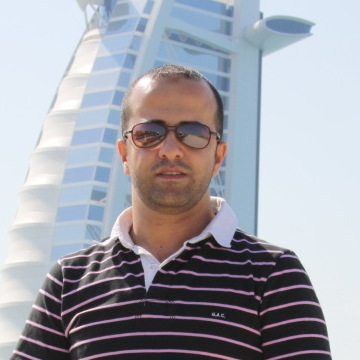 mohamed aiesh, 38, Dubai, United Arab Emirates