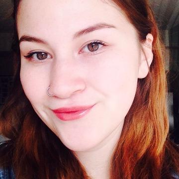 Katarina, 19, Winnipeg, Canada