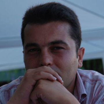 Özer, 40, Kocaeli, Turkey