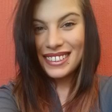 Clara , 23, Agrigento, Italy