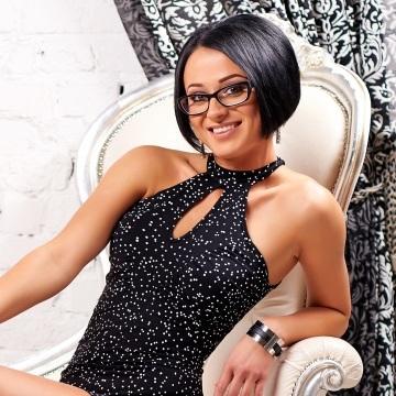 Olga Kuleshova, 30, Kiev, Ukraine