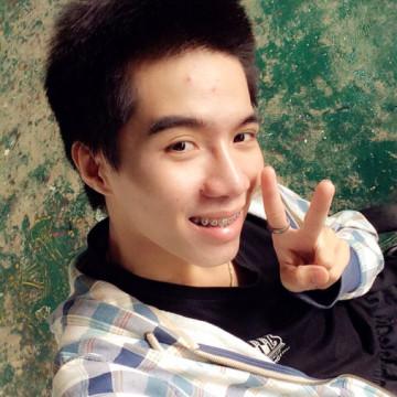 Adikak Apiwan, 22, Chiang Dao, Thailand