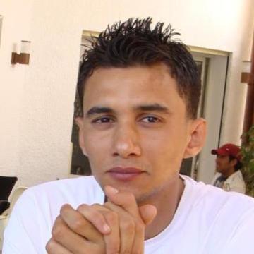 bessem, 30, Tunis, Tunisia