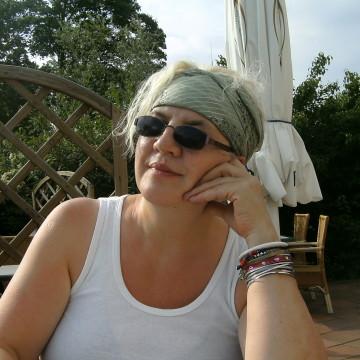 Antischa, 65, Magdeburg, Germany