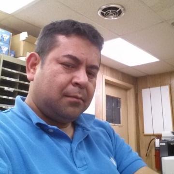Roberto Pardo Briceño, 46, Elizabeth, United States