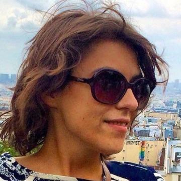 Esra Sarar, 27, Istanbul, Turkey