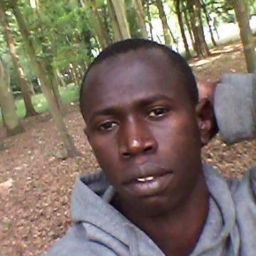 Amadou Saikou Bah, 27, Evry, France