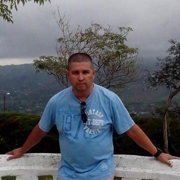 Mauricio Mera Gil, 49, Cali, Colombia